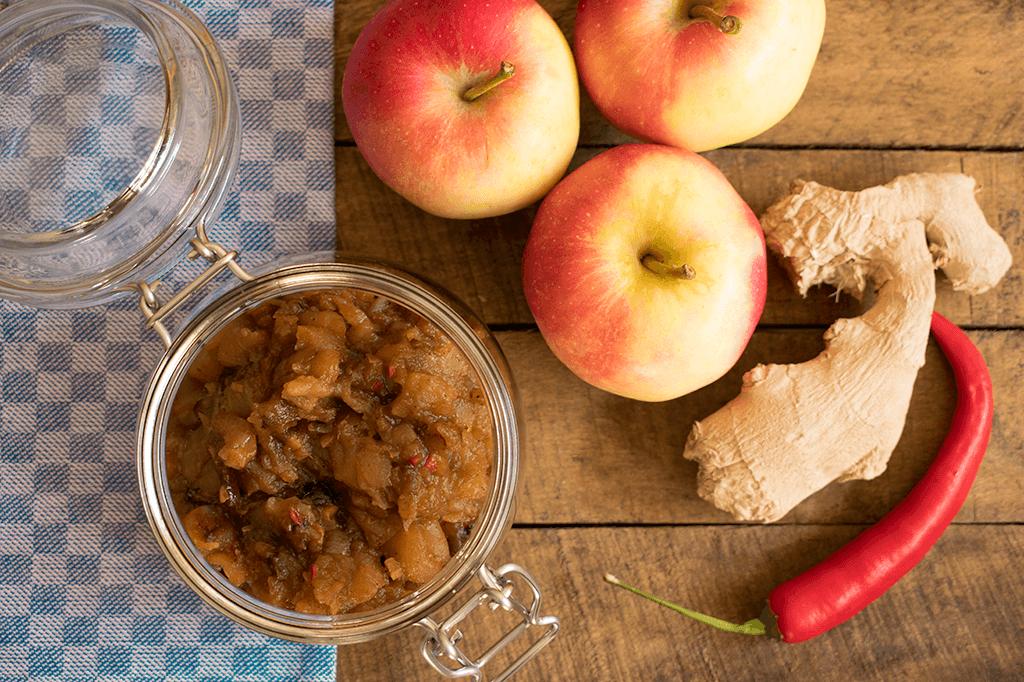 Apfel-Chutney mit Chili und Ingwer
