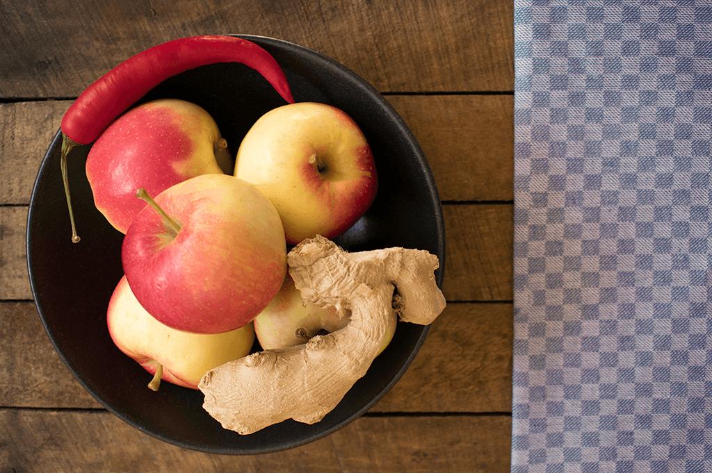 Die Basis: Äpfel, Ingwer und Chili