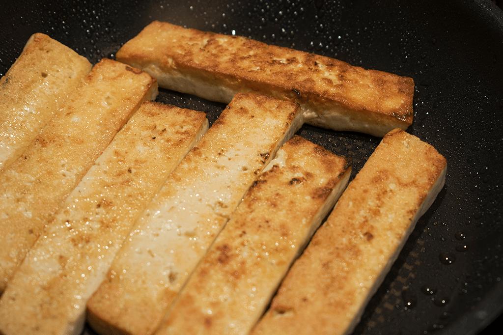 Tofu anbraten