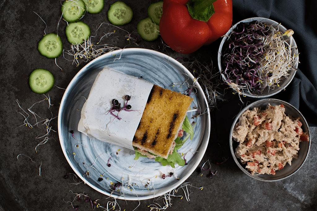 Jackfruit-Sandwich, Sandwich mit veganem Thunfischsalat, Thunvisch-Salat